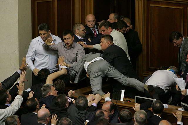 dp-novosti-politiki-i-ekonomiki-aprel-2016-12